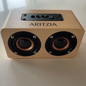 Limited Addition Wireless Aritzia Speaker